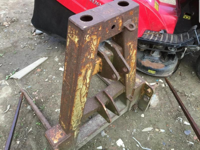 Bale spike - 3 point linkage £280 plus vat £336