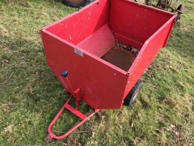 Tipping trailer - garden £275 plus vat £330