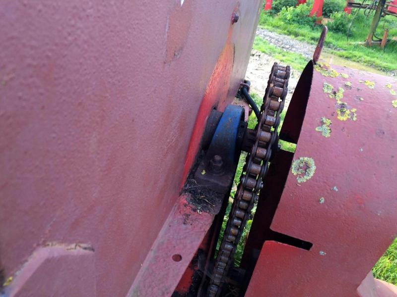 Dung Spreader - Marshall - side discharge £650 plus vat £780