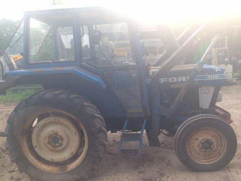 Ford Tractor 4110 loader tractor £4500 plus vat £5400