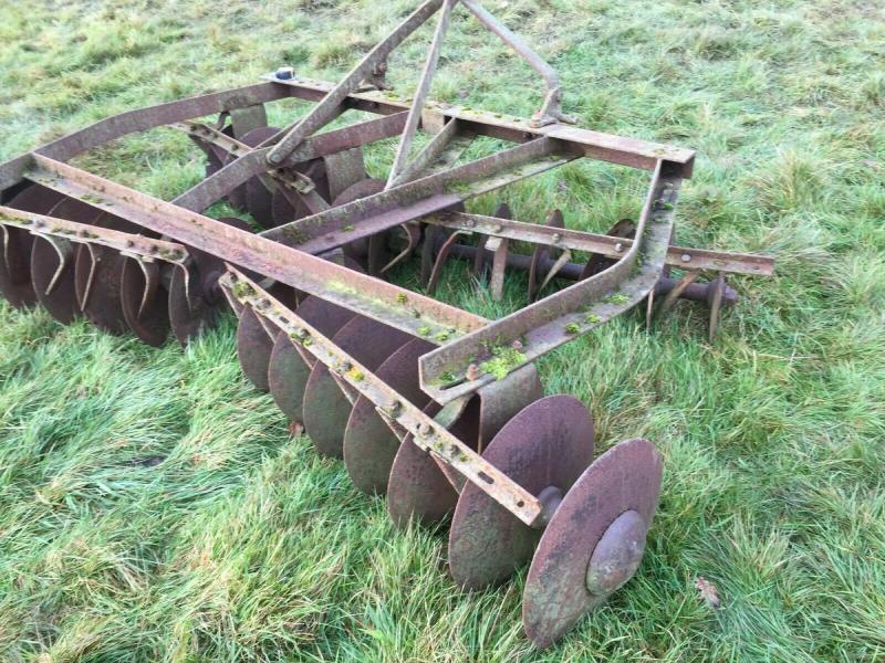 Dusc Harrows - Tractor mounted £390 plus vat £468