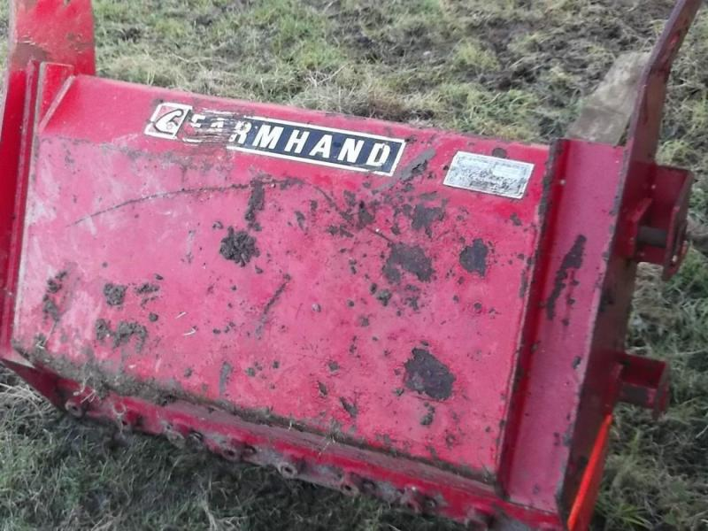 Massey Fergusson Farmhand front dung fork