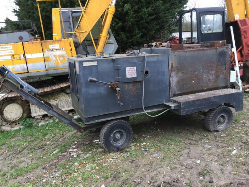 Hot box trailer - WJ Horrod Asphalt Plant £850 plus vat £1020