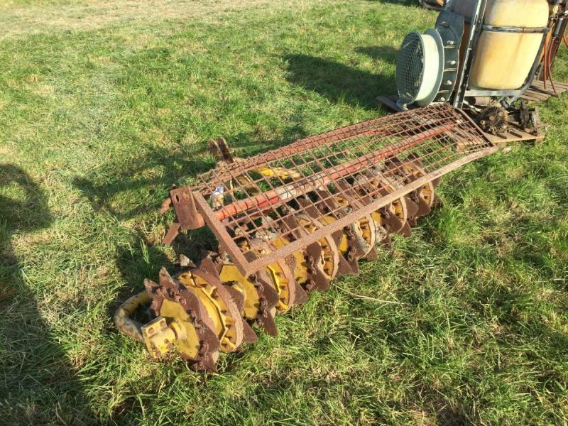 tractor ground slitter ground care £380