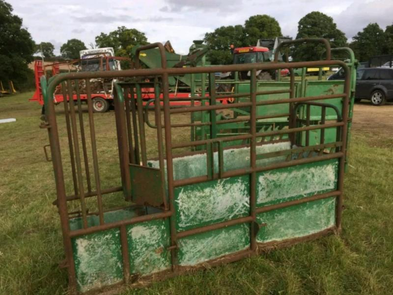 Cattle Crush £380 plus vat £456 inc Vat
