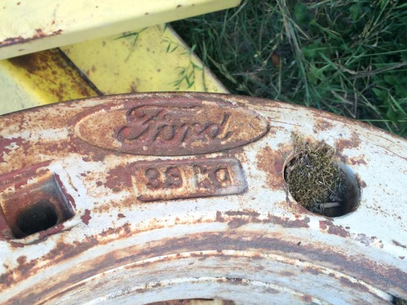 Ford Tractor Weights £250