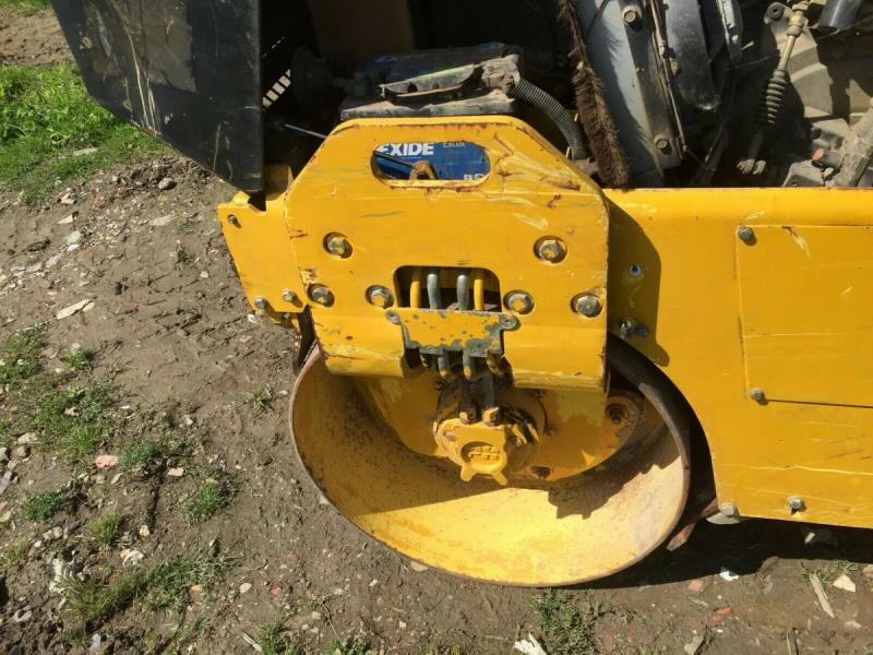 Bomag double drum roller £3950