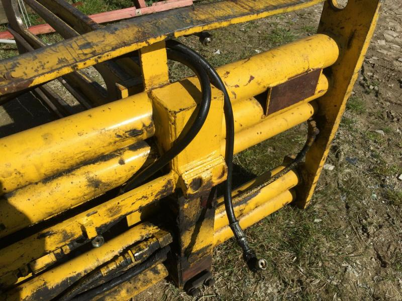 Bale Grab to fit on a fork truck £880