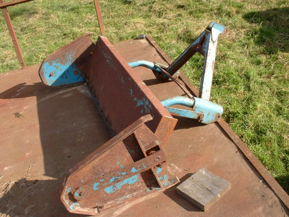 cattle yard muck scraper by twose
