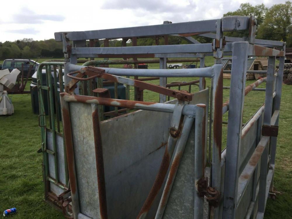 Cattle Crush £460