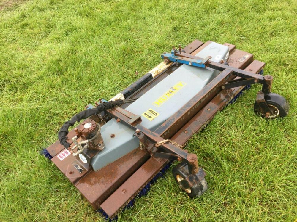Huxley Hydraulic sweeper unit £375