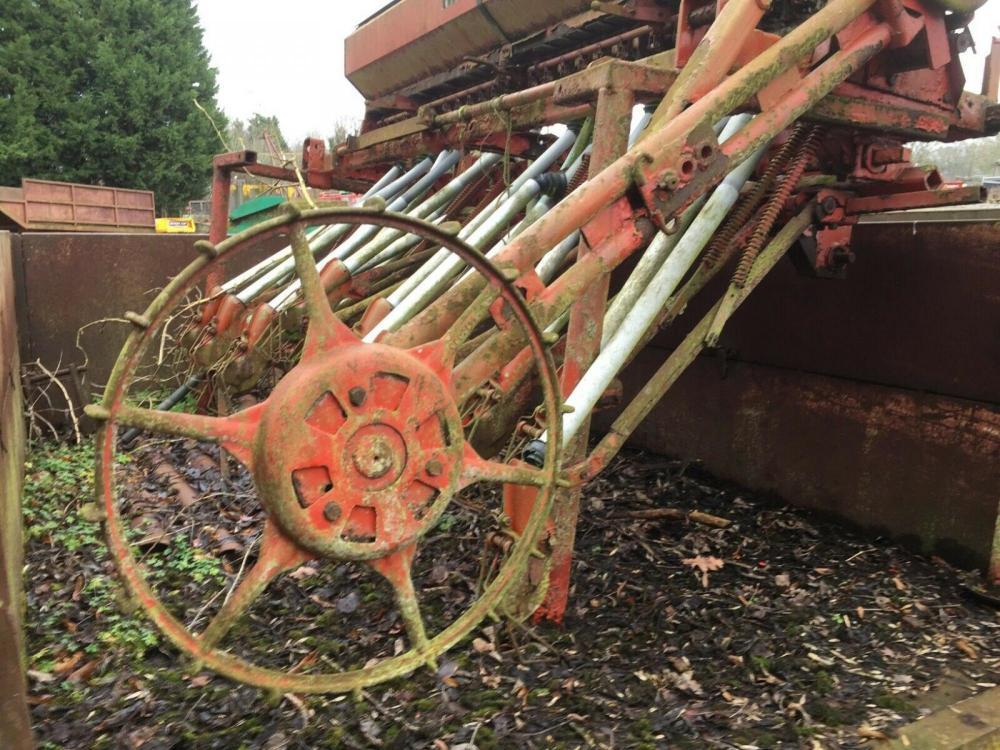 Seed Drill Nodet Gougis £280
