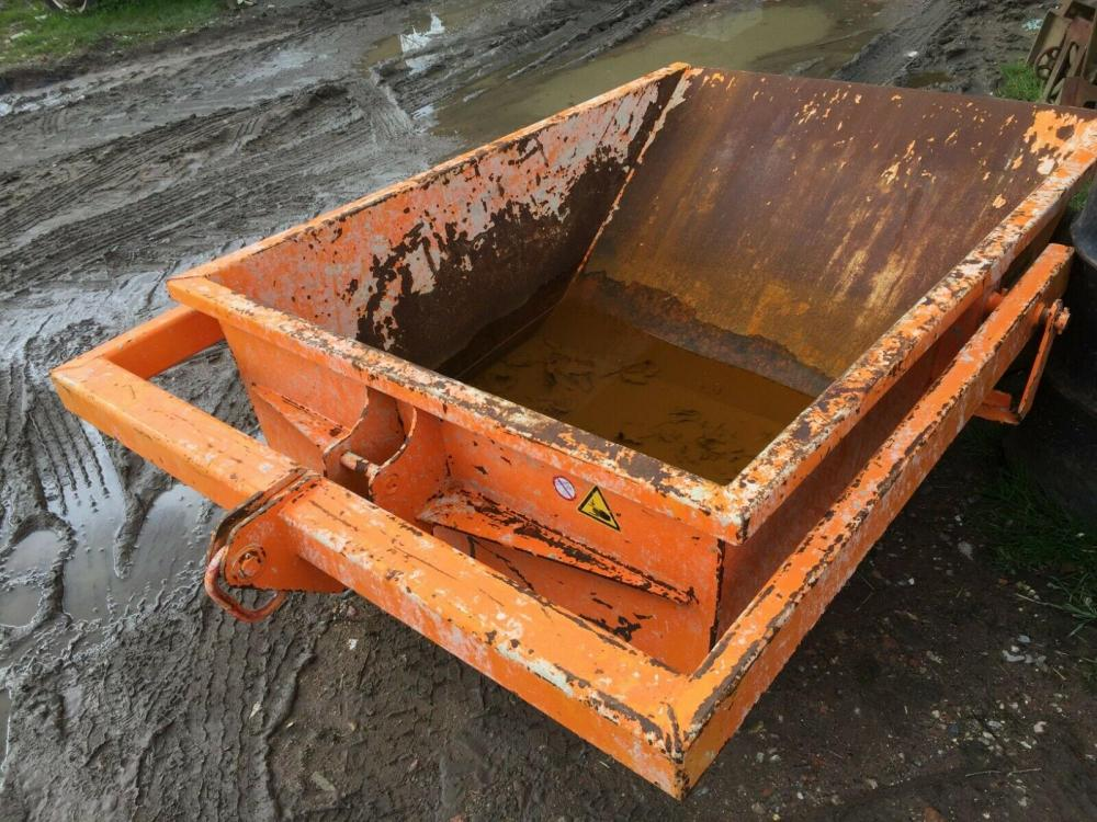 Concrete Boat Skip 1000 litre Eischinger £380 plus vat £456