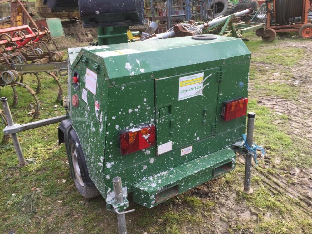 SMC TL 90 tower light - generator - kubota engine £1500 plus vat £1800