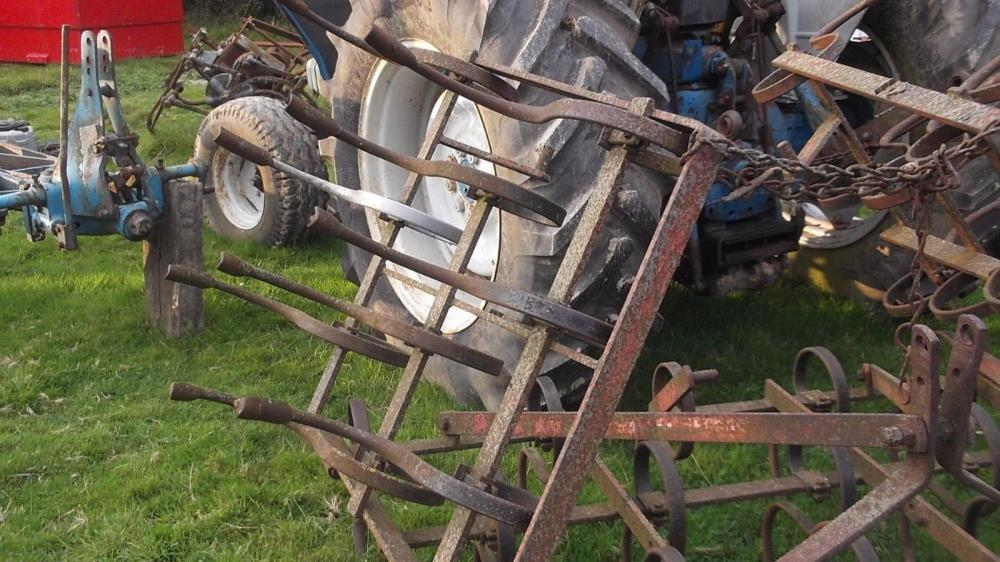 Massey Ferguson folding cultivator £375
