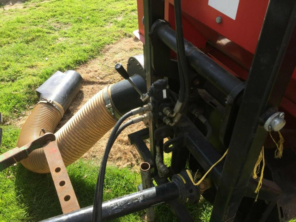 Tractor mounted paddock Cleaner Leaf Collector Poo Picker £950