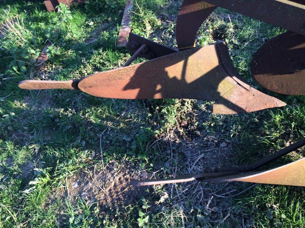 Ransomes 2 furrow plough £380`