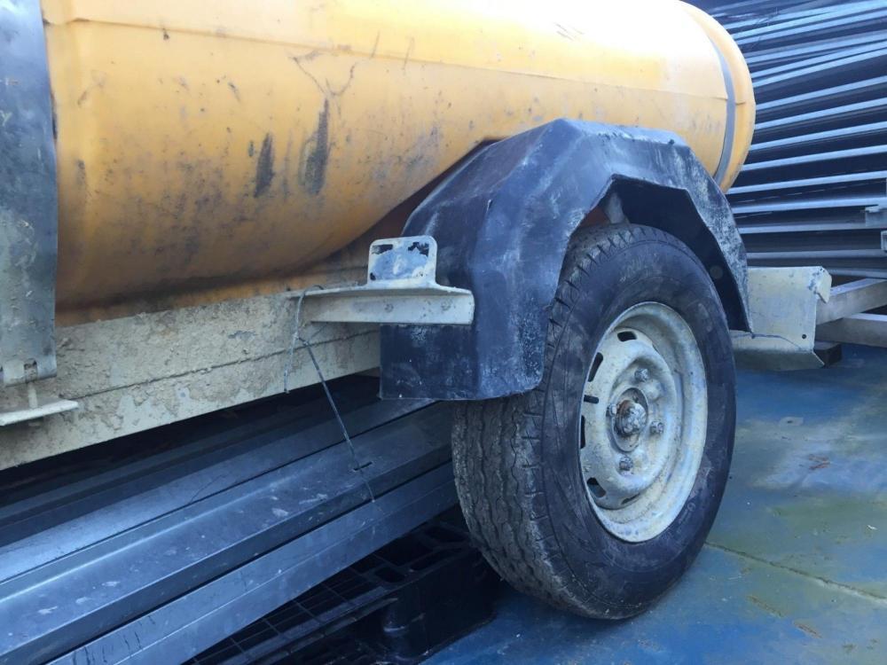 water bowser £400 plus vat £480
