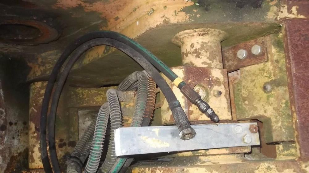 Miller Hydraulic Quick hitch CX210PL 80mm pins £500 plus vat £600