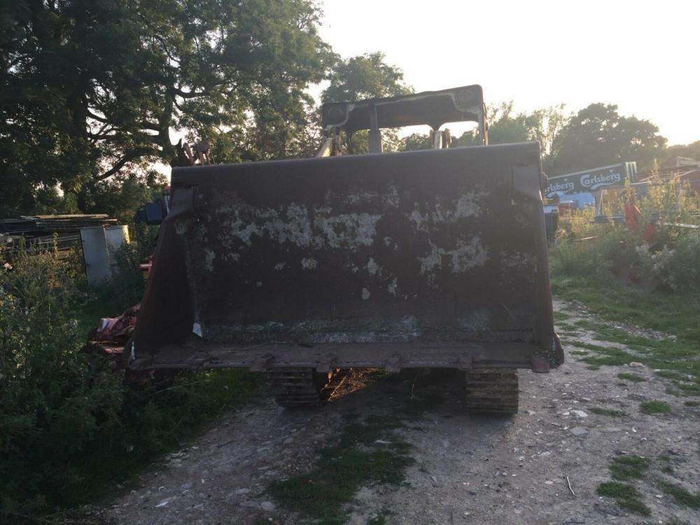 Massey Ferguson 300 track loading shovel £4950