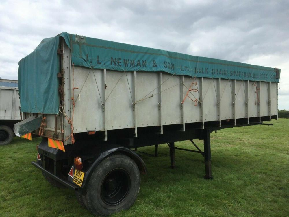 Grain Trailer - Artic Trailer £1650 plus vat £1980