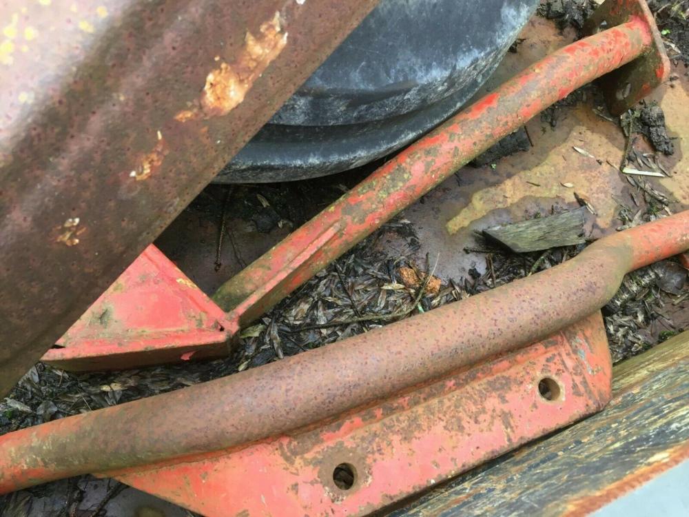 Tractor Loader Massey Ferguson 35 £450 Gatwick