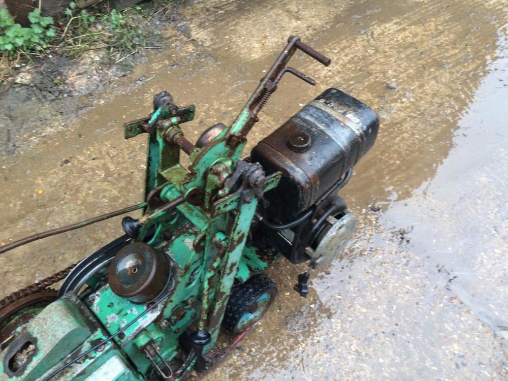 Turf Cutter - petrol engine £350
