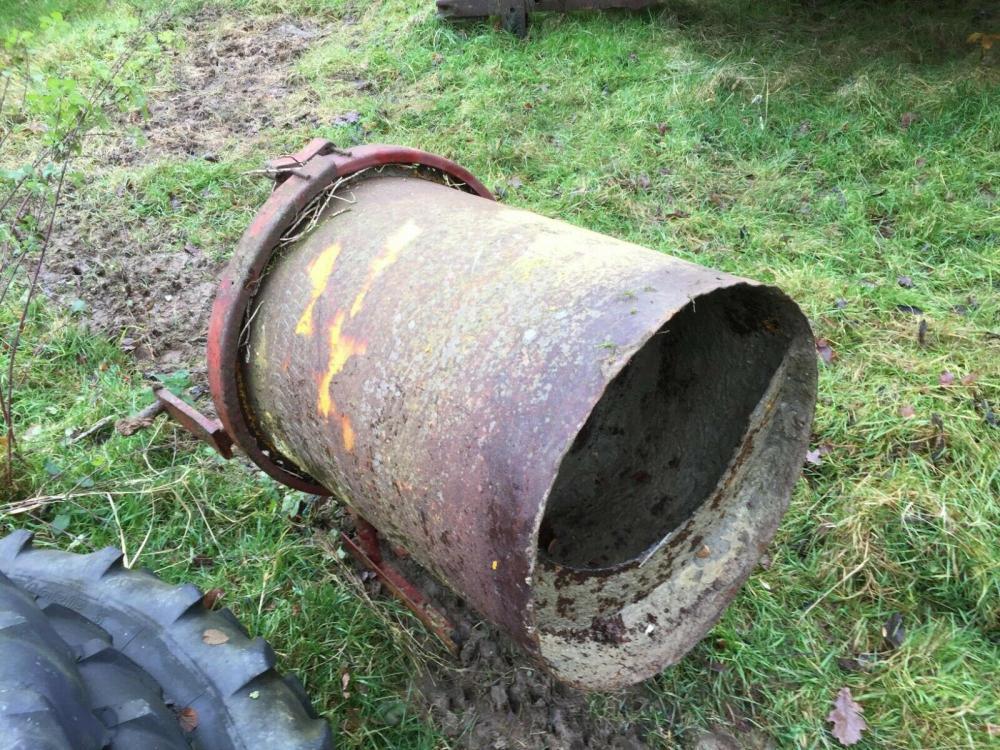Tractor Pto concrete mixer £280