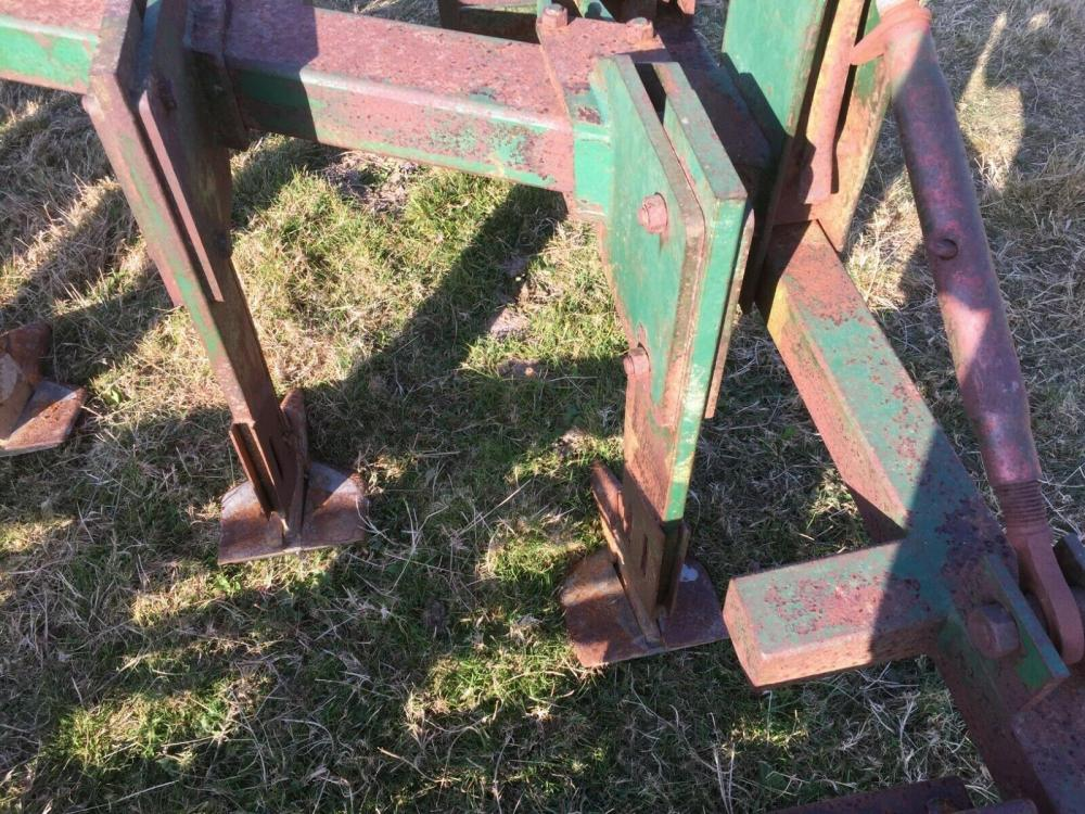 Cousins Flat Cousins Flat Lift Five Leg Subsoiler £1750 plus vat £2100 Five Leg Subsoiler £1750 plus vat £2100