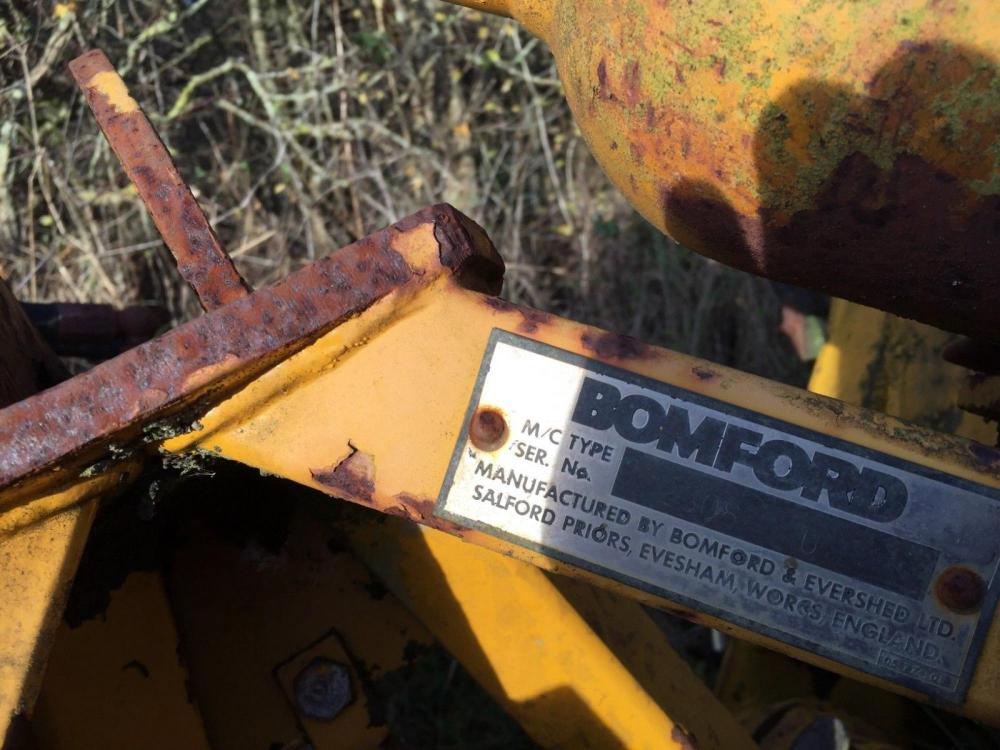 Bomford Hedge trimmer ram £100