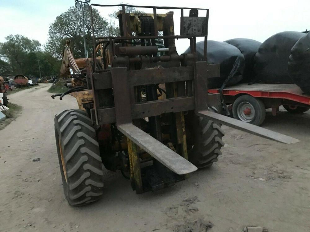 Massey Ferguson 165 loader tractor with rear forklift £3750