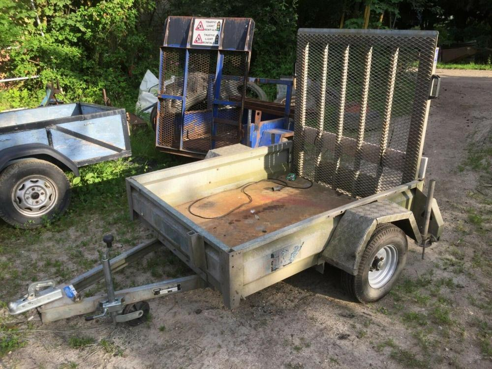 Conway Plant Trailer £450 - 750 kg