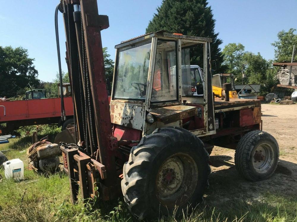 Diesel Forklift Rough Terrain approx 3 ton lift £2000 plus vat £2400
