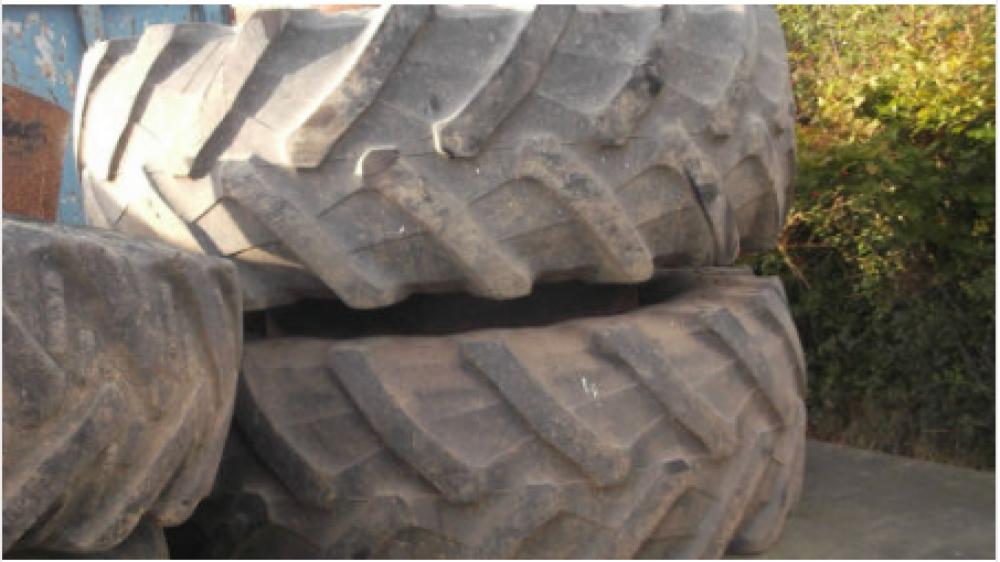 Tractor Wheels Pair Of Stock Wheels