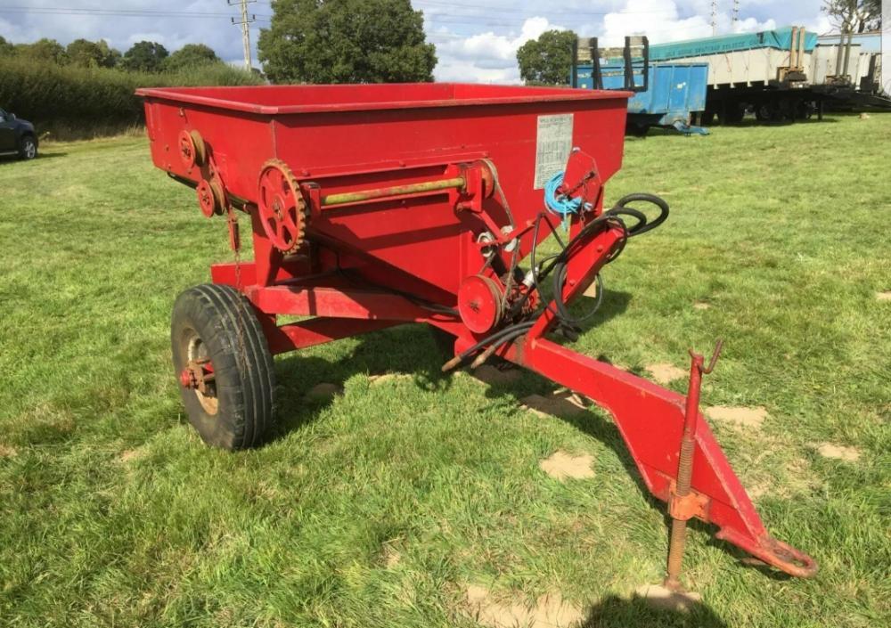 Taskers Trailed Fertiliser Spreader £480 plus vat £576