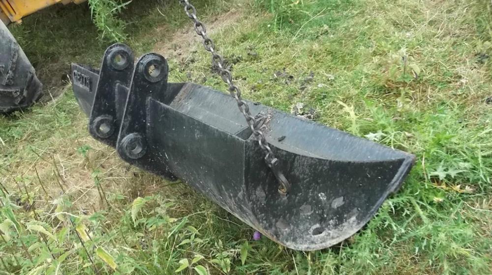 Geith ditching bucket 1.5 metre £300 plus vat £360