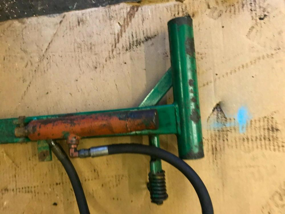 Ransomes 350 D NSR cutting cylinder lifting arm and hyd ram £100 plus vat £120