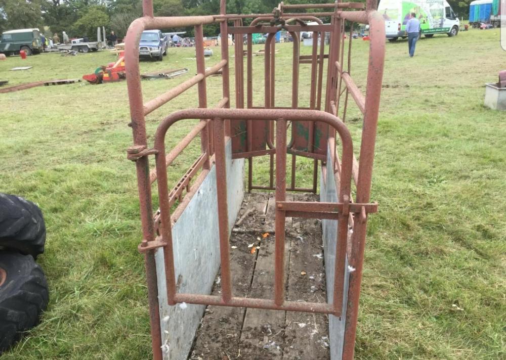Cattle Crush £380 plus vat £456