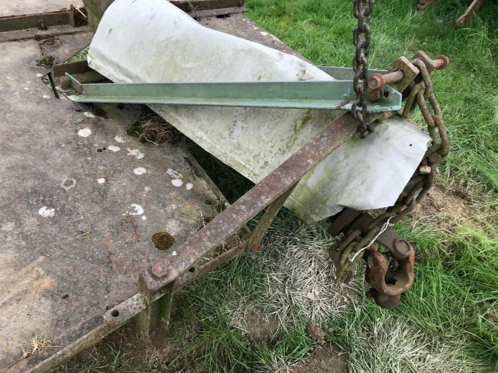 Topper -Wolsely Swipe -with chains £375 - tractor mounted