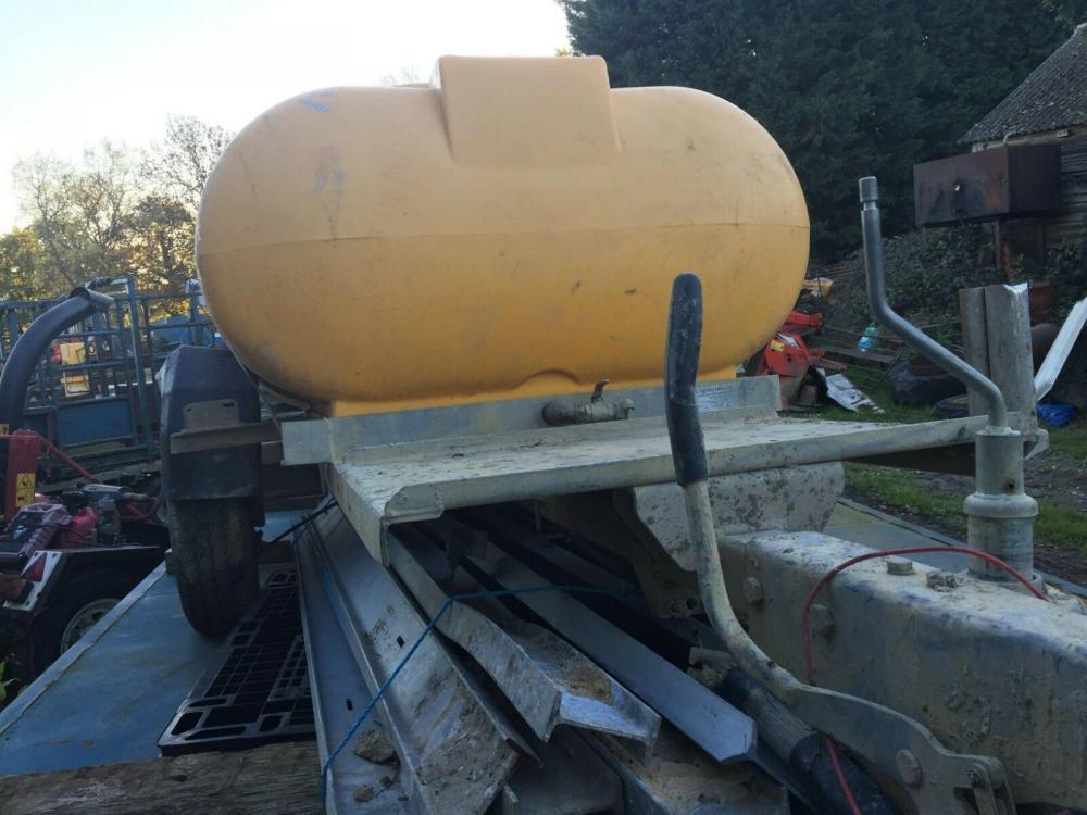 water bowser £400 plus vat £480