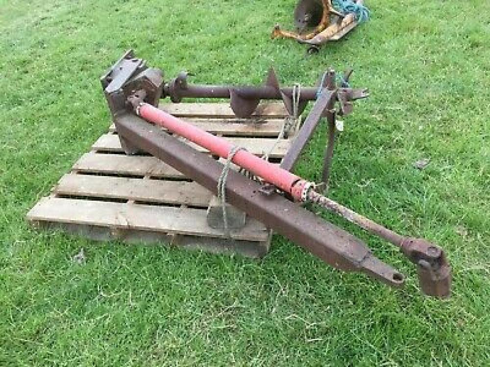 Post Hole Borer three point linkage - pto driven £260