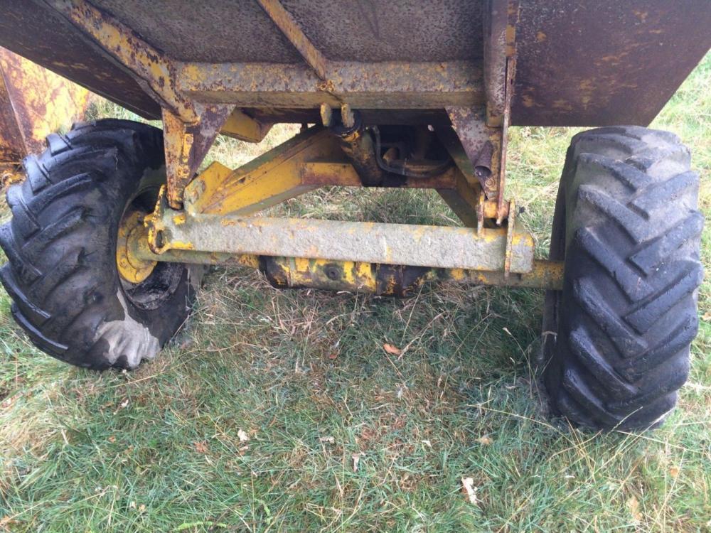 Dumper tipping trailer £600 plus vat £720