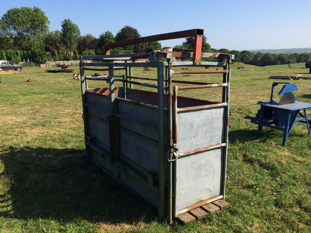 Cattle Weighing Crate £390
