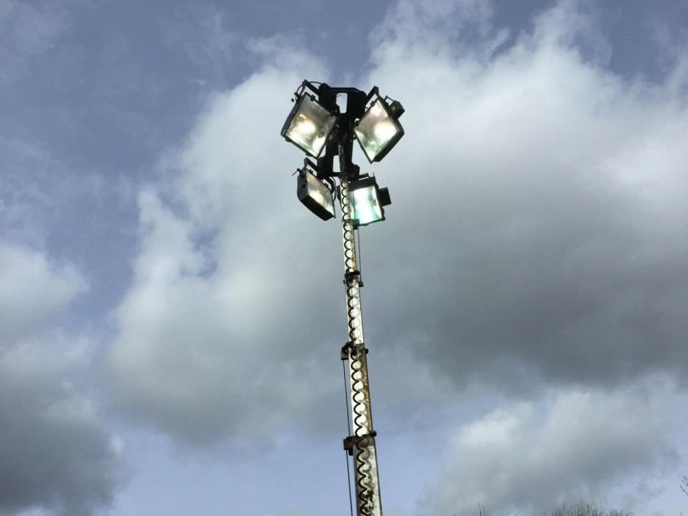 Lighting Tower TL90 - £1750 plus vat £2100