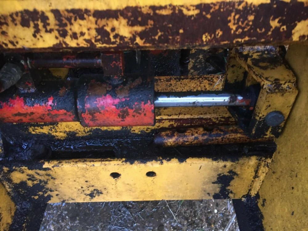 Tractor mounted Forklift £750 plus vat £900