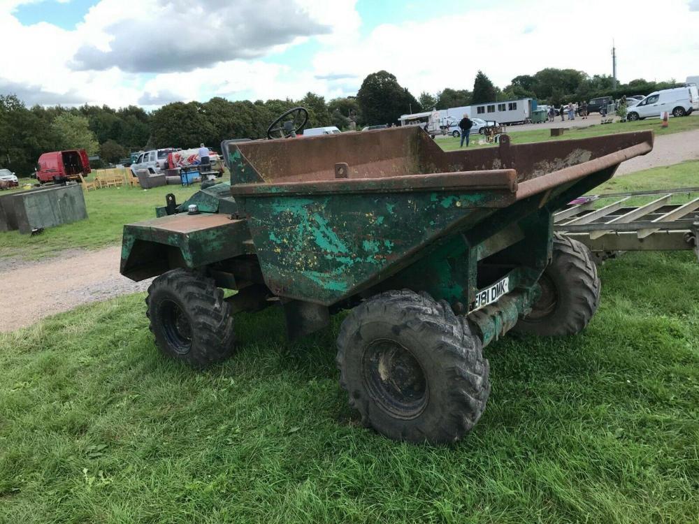 Dumper 4 ton £1400
