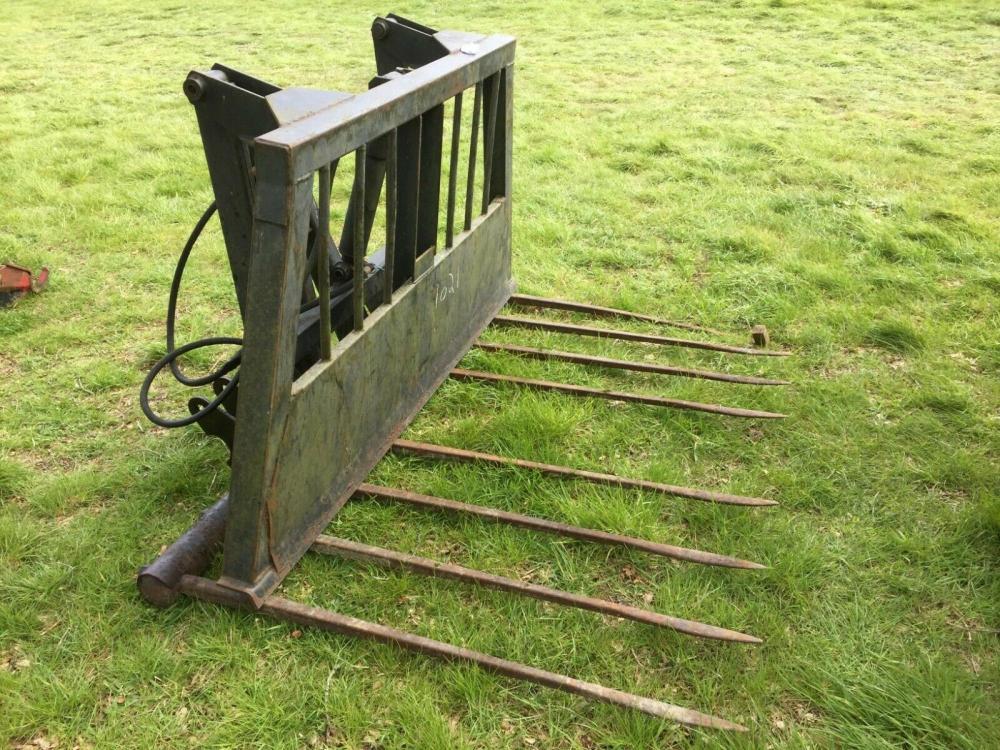 Buck Rake Tine Hydraulic push off £580